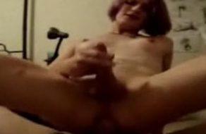 imagen sexo casero con una travesti punk