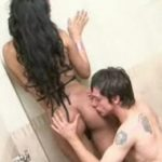 imagen follando en la ducha con mi chica thailandesa