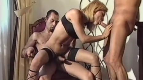 Chica en chicos lokerroom porno