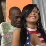 imagen Preciosa trans follada por un negro